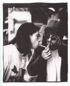 Dave Grohl & Kurt Cobain. Awesome.