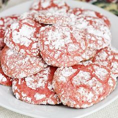 Strawberry Cool Whip Cookies | Skinny Mom | Where Moms Get The Skinny On Healthy Living| less than 200 calories for THREE cookies