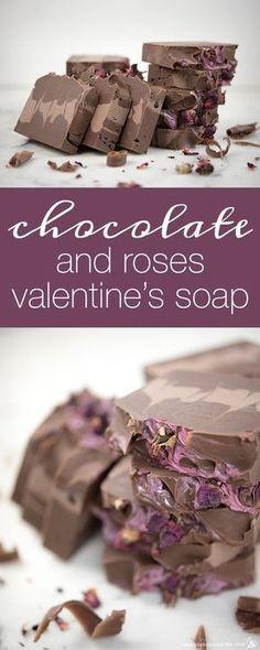 How to Make Chocolate and Roses Valentine Soap #naturalsoaprecipes #naturalsoapmakingideas