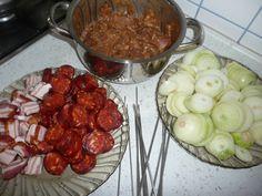 Ražniči - tak ako chutí u nás (fotorecept) - recept Ale, Tacos, Ethnic Recipes, Food, Ale Beer, Essen, Meals, Yemek, Eten