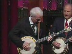 Steve Martin   Earl Scruggs - Foggy Mountain Breakdown.flv