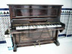 También el misterio rodea a este piano...