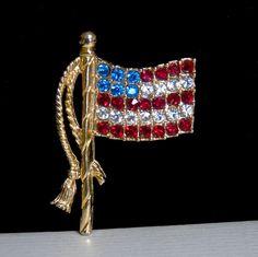 Vintage USA Sign Patriotic Austrian Crystal Rhinestone American Flag Brooch Pin #USA #VintagePatrioticRhinestoneAmericanFlagPin