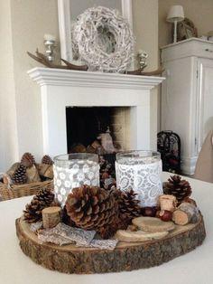 Fireplace mantel decor styles for the Christmas season – … – christmas decorations Vintage Christmas, Christmas Crafts, Christmas Decorations, Table Decorations, Vintage Diy, Vintage Home Decor, Diy Natal, Deco Table Noel, Navidad Diy