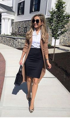 80 Trendy Work Attire & Office Outfits For Business Women Classy Workwear for Professional Look - Lifestyle State Mode Outfits, Fashion Outfits, Woman Outfits, Workwear Fashion, Fashion Socks, Fashion Flats, Fashion Clothes, Fashion Tips, Lawyer Outfit