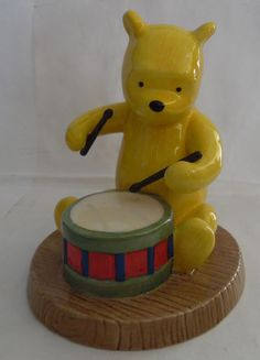 Winnie The Pooh Rum Tum Tum Drum Royal Doulton WP63 Figurine Statue Collectible