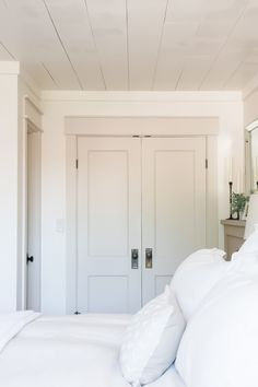 Greige Paint Colors, Room Paint Colors, Interior Paint Colors, Paint Colors For Home, House Colors, Interior Design, Off White Paint Colors, Ceiling Paint Colors, Best Interior Paint