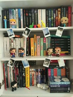 Pop figurines, books, and Polaroid pictures.what could be better? Top Ten Books, I Love Books, Books To Read, Cool Bookshelves, Book Shelves, Bookcase, Owl Books, Bookshelf Organization, Diy Rangement