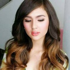 Sofia Andres I Am Alone, Other People, Hair Inspiration, Celebrities, Weave, Ootd, Im Alone, Celebs, Im Lonely