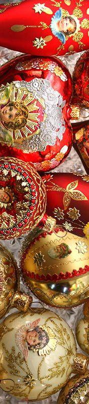 Christmas: Handmade ornaments for the tree Merry Christmas, All Things Christmas, White Christmas, Christmas Holidays, Christmas Crafts, Christmas Decorations, Christmas Ornaments, Glass Ornaments, Mexican Christmas