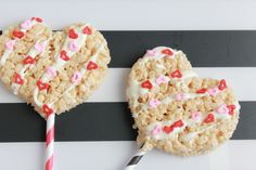 Easy DIY Rice Krispies Heart Pops Make Perfect Valentines for Friends (PHOTOS) | The Stir