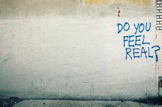 'Do You Feel Real?' von Jeff Seltzer bei artflakes.com als Poster oder Kunstdruck $16.63