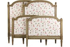 Headboards-love the framed fabric concept change up colours though