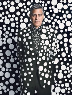 George Clooney par Yayoi Kusama pour W Magazine's Art Issue - Journal du Design
