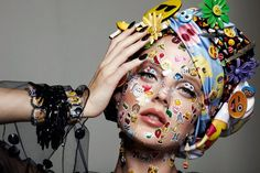 Emoji Emoticon Girl Stickers Beauty Editorial with Model Emily Steel Beauty Editorial, Editorial Fashion, Girl Emoji, Edgy Makeup, Make Up Art, Weird Fashion, High Fashion, Beauty Shots, Advertising Photography