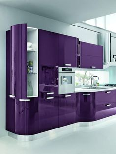 Purple Kitchen Ideas for Unique and Modern Look – DIY Home Art Purple Kitchen Cabinets Purple Kitchen Walls, Purple Kitchen Cabinets, Kitchen Colors, Purple Kitchen Designs, Kitchen Cabinetry, Cute Dorm Rooms, Cool Rooms, Cuisines Design, Home Decor Kitchen