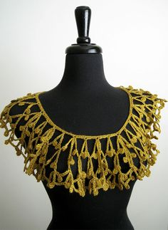 Mustard Gold Color Crocheted Collar. if it was metallic gold, itd be awesome, and victorian.