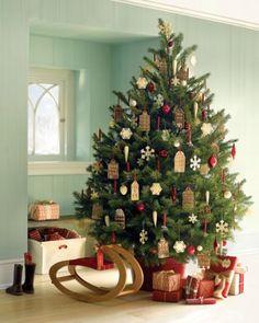 Albero di Natale con decorazioni in pan di zenzero
