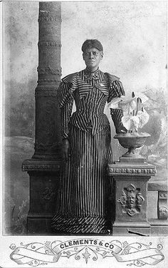African American Woman | African American woman standing in … | Flickr