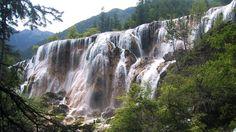 Valea Jiuzhaigou
