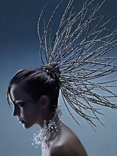 Hair art, hair designs и creative hairstyles. Avant Garde Hair, Fantasy Hair, Hair Shows, Creative Hairstyles, Hair Art, Headgear, Headdress, Wigs, Fashion Photography