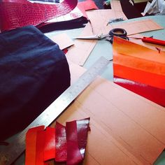 #redpassion #workinprogress #leatheraccessories #retrobottega