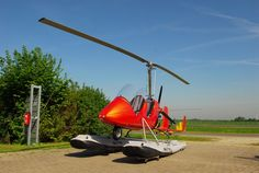 If I was ordering a gyroplane today, this is the one I'd get! A metallic orange Autogyro GmBH MTO Sport equipped with Full Lotus floats. ABSOLUTELY BEAUTIFUL!