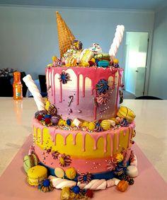 Funny 50th Birthday Cakes, White Birthday Cakes, Birthday Cupcakes, Beautiful Birthday Cakes, Beautiful Cakes, Cupcake Tree, Teddy Bear Cakes, Garden Cakes, Pink Icing