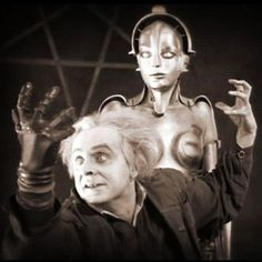 Rotwang and Maria the Robot ('METROPOLIS', Fritz Lang, film still from Kino Inernational's 2010 release Tv Movie, Sci Fi Movies, Old Movies, Vintage Movies, Great Movies, Movie Props, Metropolis Fritz Lang, Metropolis 1927, Cultura General