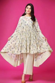Angrakha frock Pakistani Frocks, Pakistani Formal Dresses, Pakistani Fashion Casual, Pakistani Dress Design, Muslim Fashion, Girls Dresses Sewing, Stylish Dresses For Girls, Simple Dresses, Casual Dresses