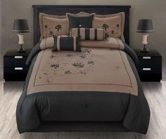 http://archinetix.com/7pcs-queen-giada-coffee-black-embroidered-comforter-set-p-5882.html