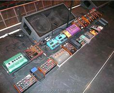 John Frusciante Pedalboard - Red Hot Chili Peppers 2006