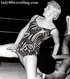 Phallic Locks in Women Wrestling Pictures DVDs