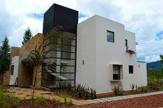 Fotos de Casas de estilo Moderno : Casa en Valle de Bravo