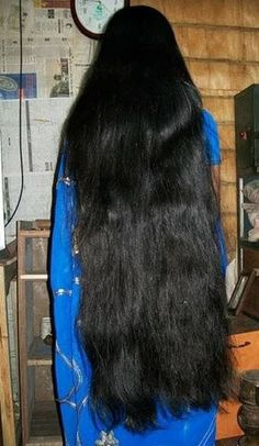Long Silky Hair, Super Long Hair, Bun Hairstyles For Long Hair, Braids For Long Hair, Indian Long Hair Braid, Layered Cuts, Female Images, Black Hair, Hair Beauty