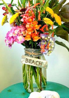 DIY Coastal Vases.... Inspirational DIY Ideas: http://www.completely-coastal.com/2015/05/diy-coastal-beach-vases-summer-crafts.html