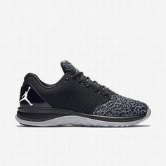 new product d1ee1 a1a0a Cool Nike Shoes, Black Nike Shoes, Black Running Shoes, Black Nikes, All