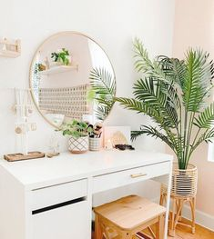 Home Interior Boho .Home Interior Boho Cute Room Decor, Modern Room Decor, Target Room Decor, Wall Decor Boho, Wall Decor Design, Teen Room Decor, Room Ideas Bedroom, Bedroom Inspo, Bedroom Wall