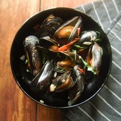 Super simple mussels with sundried tomatoes, basil and garlic. The only mussel recipe you'll ever use from now on!