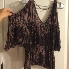 Free people top Cut out back and shoulders Free People Tops Blouses