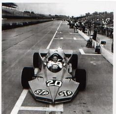 Art Pollard in the 1969 Plymouth Super-Wedge, which used a stock-block passenger car engine. It didn't make the race, although Pollard did in a Lotus Offy.