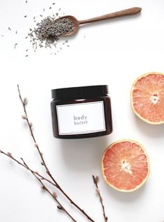 Treat your skin to some extra love! Homemade grapefruit and lavender body butter recipe that will save your skincare routine from winter dryness! Homemade Body Butter, Homemade Skin Care, Homemade Beauty Products, Organic Beauty Products, Hair Products, Organic Skin Care, Natural Skin Care, Do It Yourself Quotes, Beauty Care