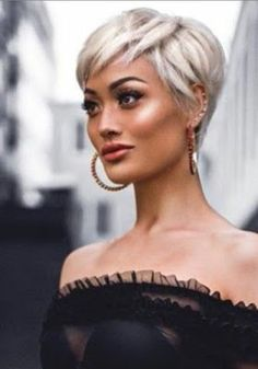 Love this cut-need thick hair to get this look! Pixie Haircut For Thick Hair cutneed Hair Hairstyle Love Thick Pixie Haircut For Thick Hair, Short Hairstyles For Thick Hair, Short Hair Cuts, Short Hair Styles, Long Hairstyles, Thick Short Hair, Edgy Pixie Hairstyles, Short Blonde Pixie, Celebrity Hairstyles