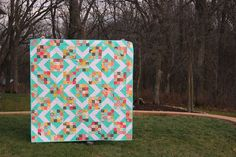 Sunny Skies Quilt. Quick, easy and free tutorial! #msqc #jennydoan