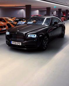 The Black-Badge Wraith. Super Sport Cars, Super Cars, Rolls Royce Wraith Black, Rolls Royce Motor Cars, Victoria Secret Outfits, Car Repair Service, Rolls Royce Phantom, Bentley Continental Gt, Best Luxury Cars