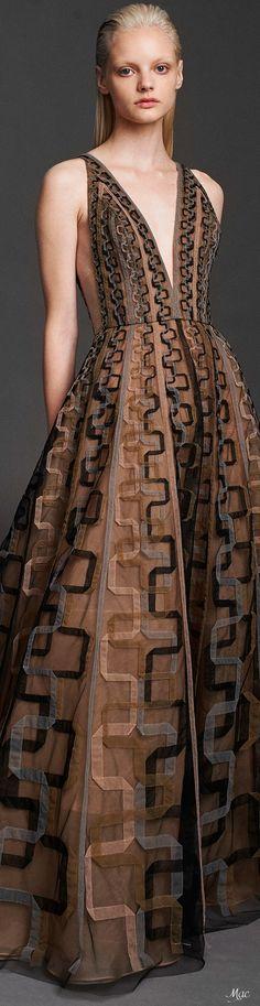 Party Fashion, Fashion 2020, Fashion Show, Fashion Design, Women's Fashion, Asian Wedding Dress, Gala Dresses, Luxury Dress, Couture Fashion
