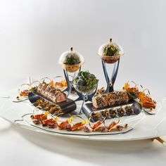 #bocusedor #bocusedoreurope2018 #contest #gastronomy #chefs #food #cooking #teamestonia #platter ©Studio Julien Bouvier Chefs, Bocuse Dor, Food And Drink, Table Settings, Table Decorations, Studio, Platter, Europe, Cooking