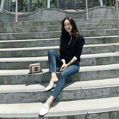 Korea Fashion, Kpop Fashion, Daily Fashion, Girl Fashion, Airport Fashion, Magazine Cosmopolitan, Instyle Magazine, Jessica Jung Fashion, Jessica & Krystal