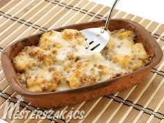 Hortobágyi rakott burgonya recept Casserole Recipes, Meat Recipes, Cooking Recipes, Healthy Recipes, Recipies, Croatian Recipes, Hungarian Recipes, Quiche Muffins, Vegetable Casserole