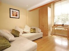 A Lovely Apartment Moments From Notting HillHoliday Rental in Bayswater from